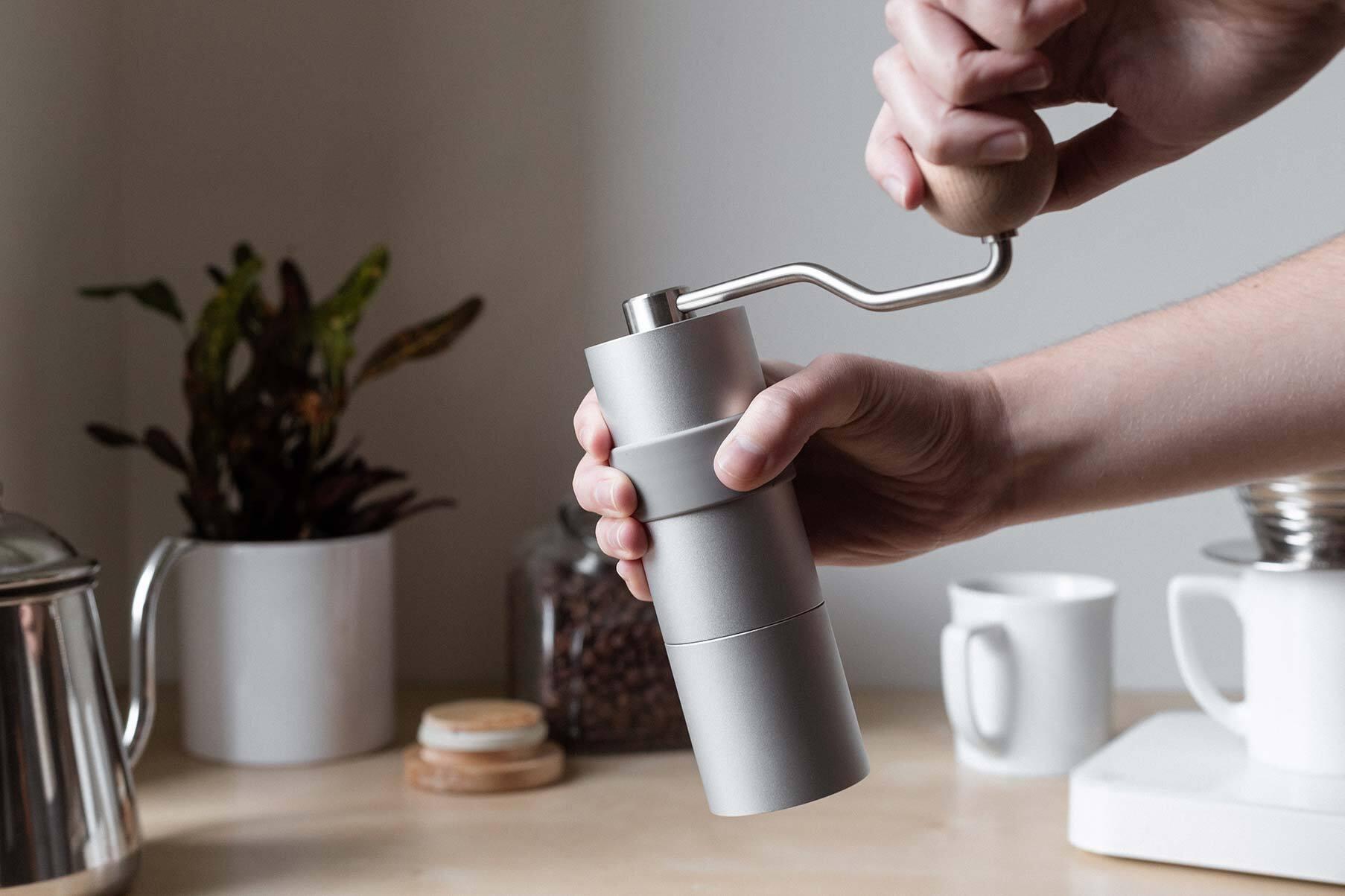 remi hand grinder