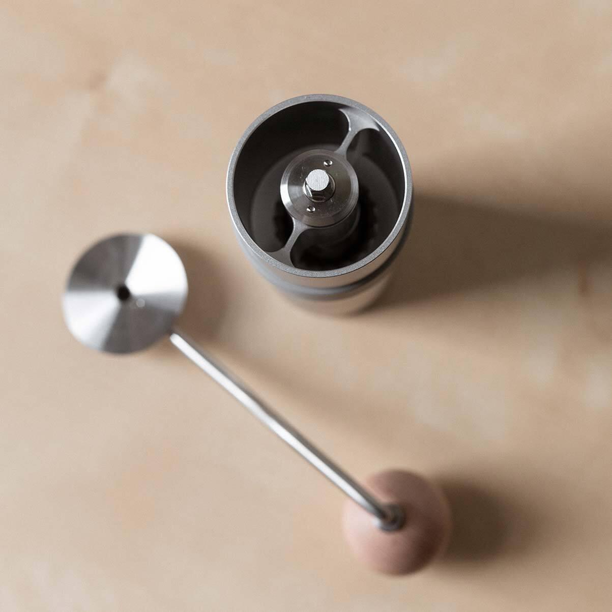 remi hand grinder inside